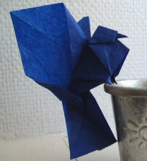 How to Fold an Origami Peace Dove | 523x477